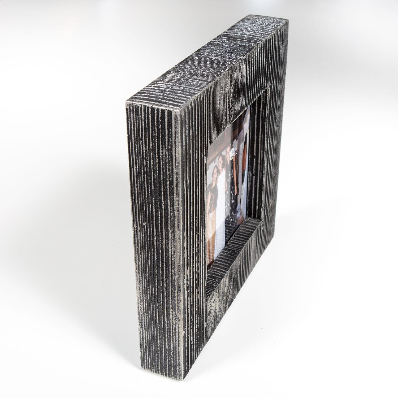 Antonella-Gnetti-Cornice-freestanding-double-02