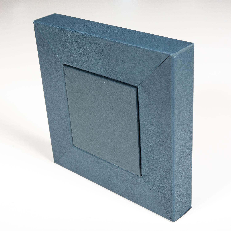 Antonella-Gnetti-Cornice-freestanding-quadra-04